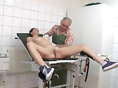 Doctor, 2 twinks play doctor, Pornhub.com
