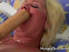 Farting, Granny surprised by her in law, Fapli.com