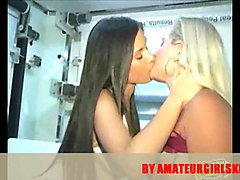 Kissing, Money, Lesbian money, Xhamster.com