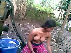 Bath, Indian villagers, Xhamster.com