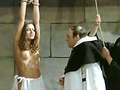Nun, Horny arab babe in her garb is fucked, Xhamster.com