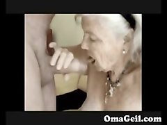 Granny masturbating in car, Fapli.com