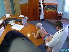 Blonde, Doctor, Squirt, Japanese doctor squirt, Txxx.com